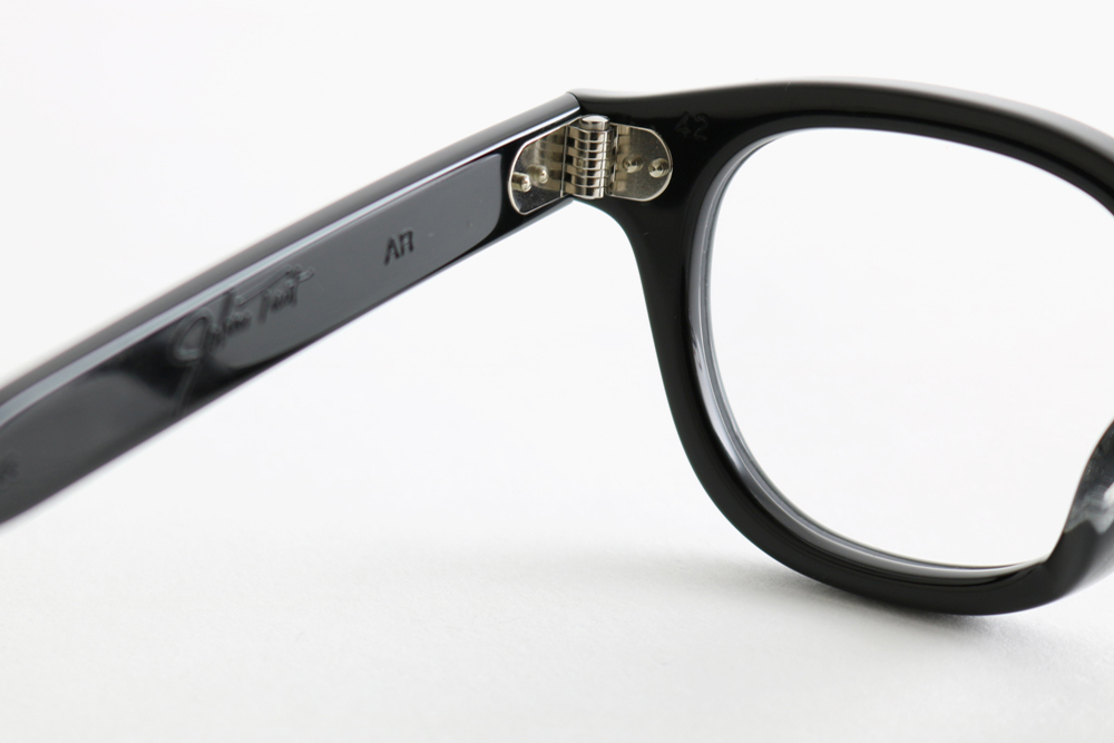 AR 42 - Black|JULIUS TART OPTICAL