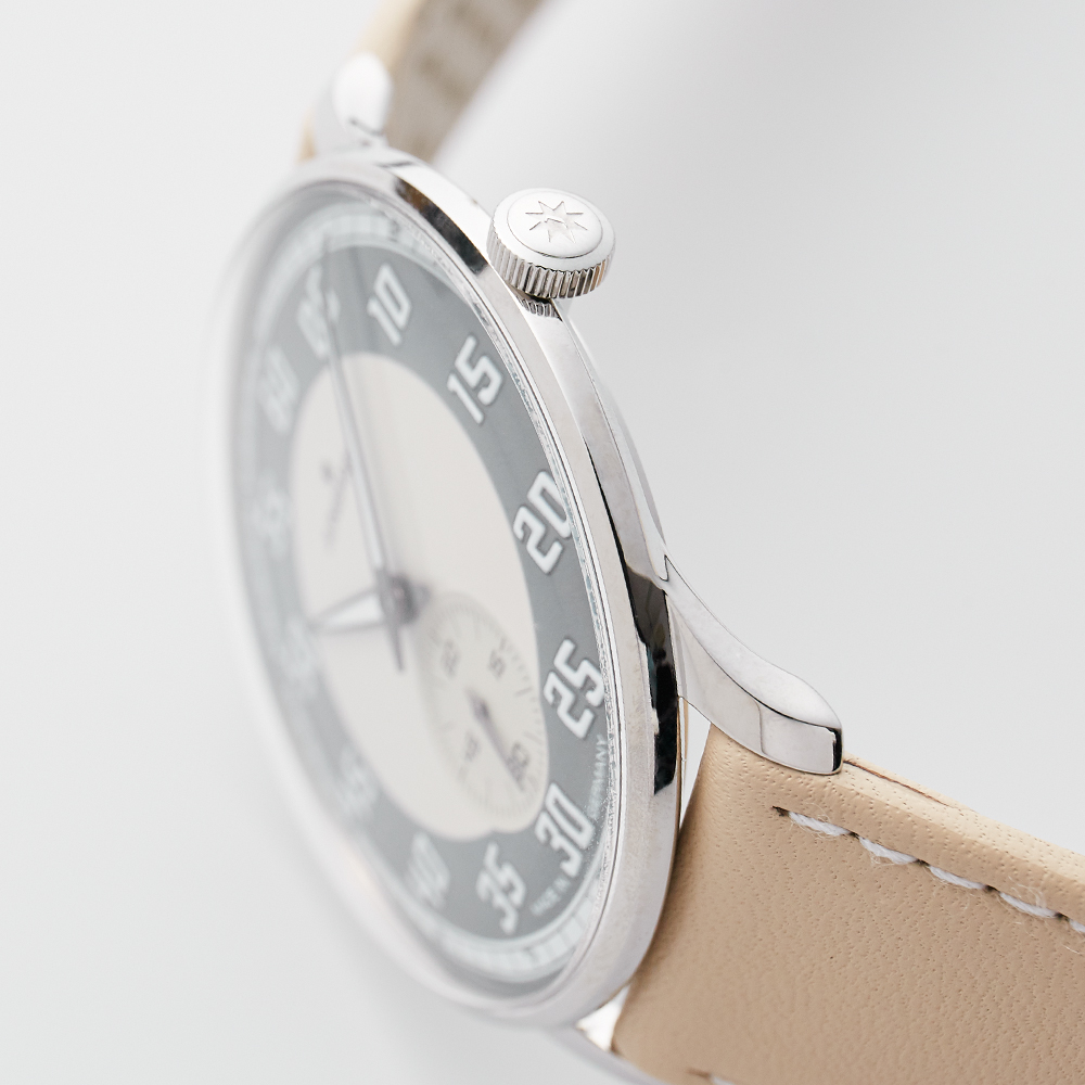 Meister Driver Hand Wind - White|JUNGHANS