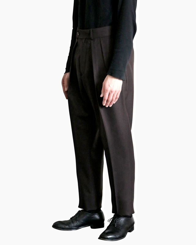 FOX BROTHERS Plain TAPERED – Brown NEAT