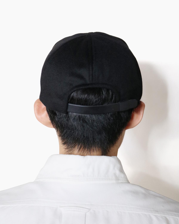 CASHMERE 100 LITTLE BRIM CAP - Black|COMESANDGOES