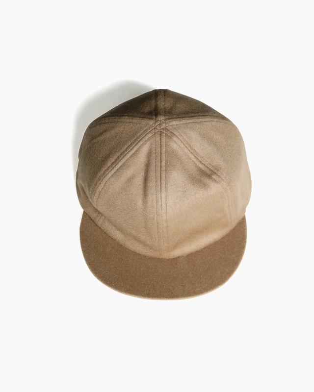 CASHMERE 100 LITTLE BRIM CAP – Camel|COMESANDGOES