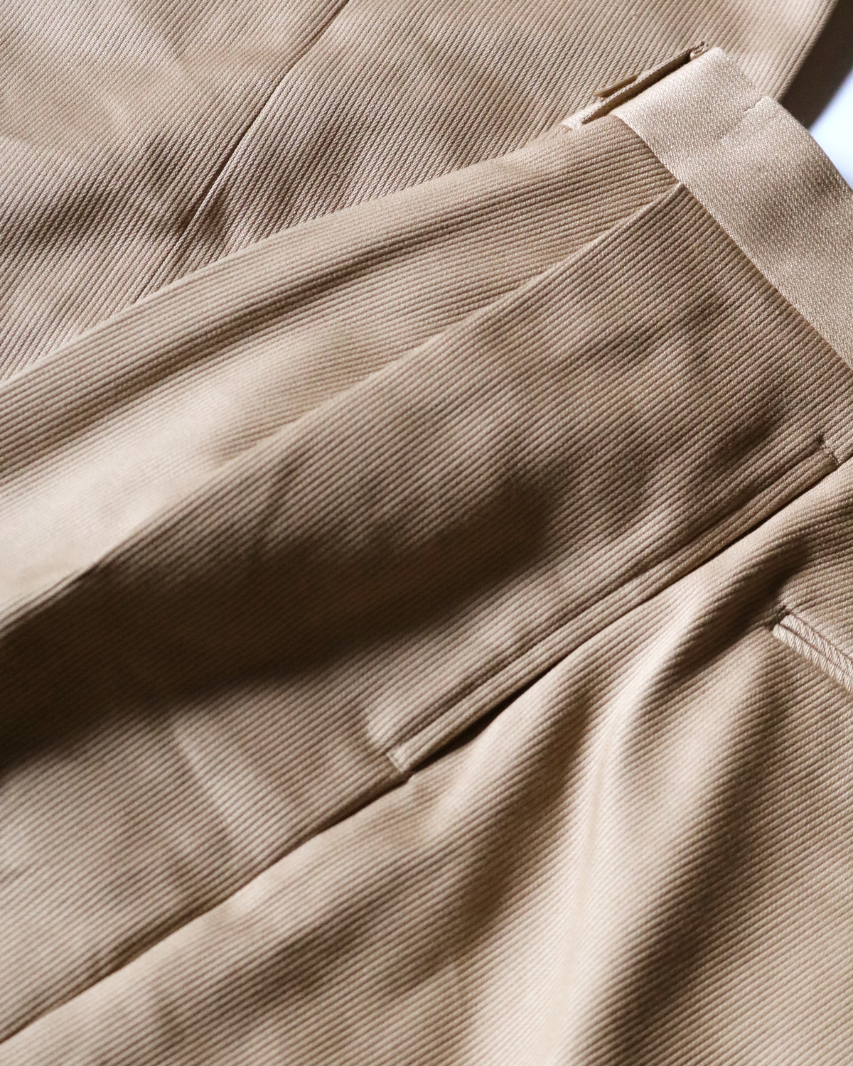 COTTON PIQUE|TAPERED - BEIGE|NEAT