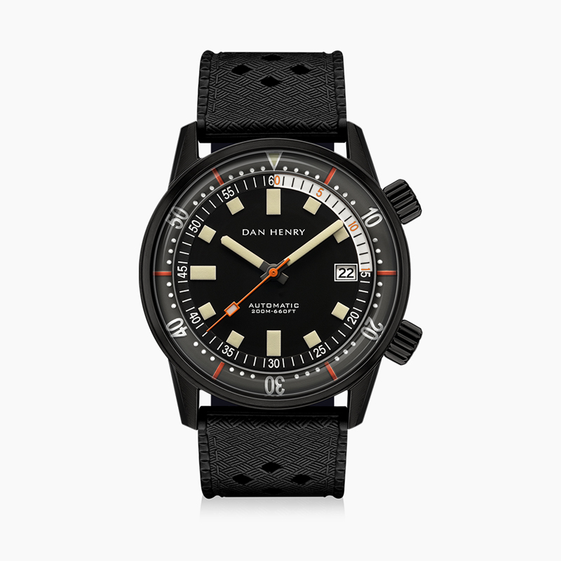 1970 40mm|Black|Date|DAN HENRY