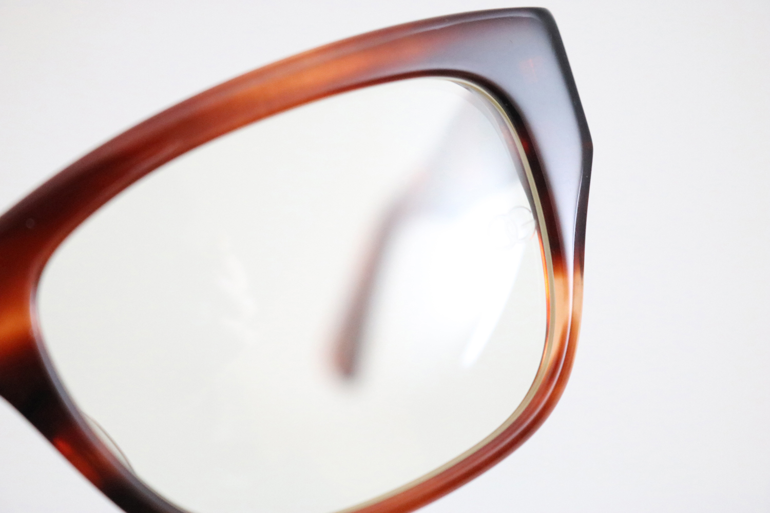 CONSUL-s CELLULOID - RD|OLIVER GOLDSMITH