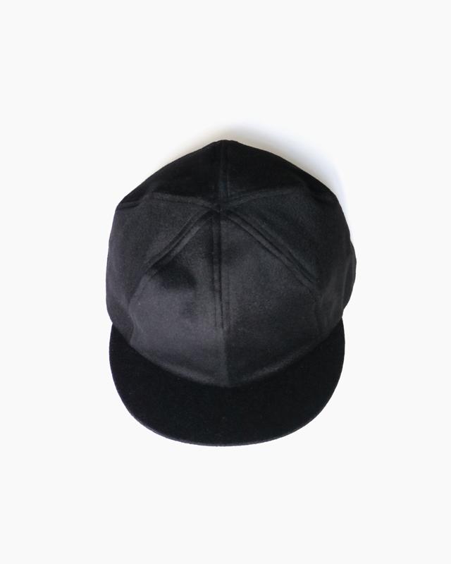 CASHMERE 100 SHORT BRIM CAP – Black|COMESANDGOES